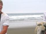 horse-olon-beach