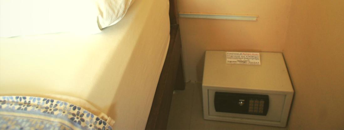 Safe & Double Locks Apart-Hotel Rincón d'Olon, Ecuador's #1 Beach